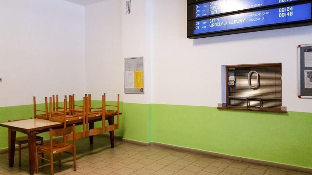 Čekárna na nádraží Lichkov