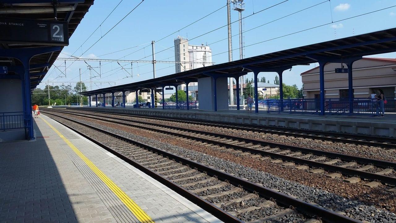 Nádraží Český Brod, nástupiště