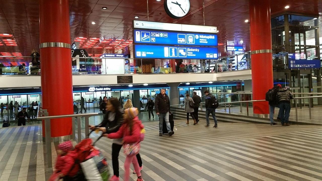 Vestibul pražského hlavního nádraží