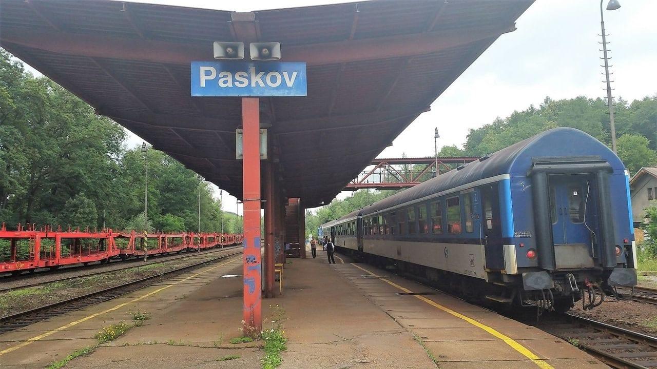Nástupiště Paskov