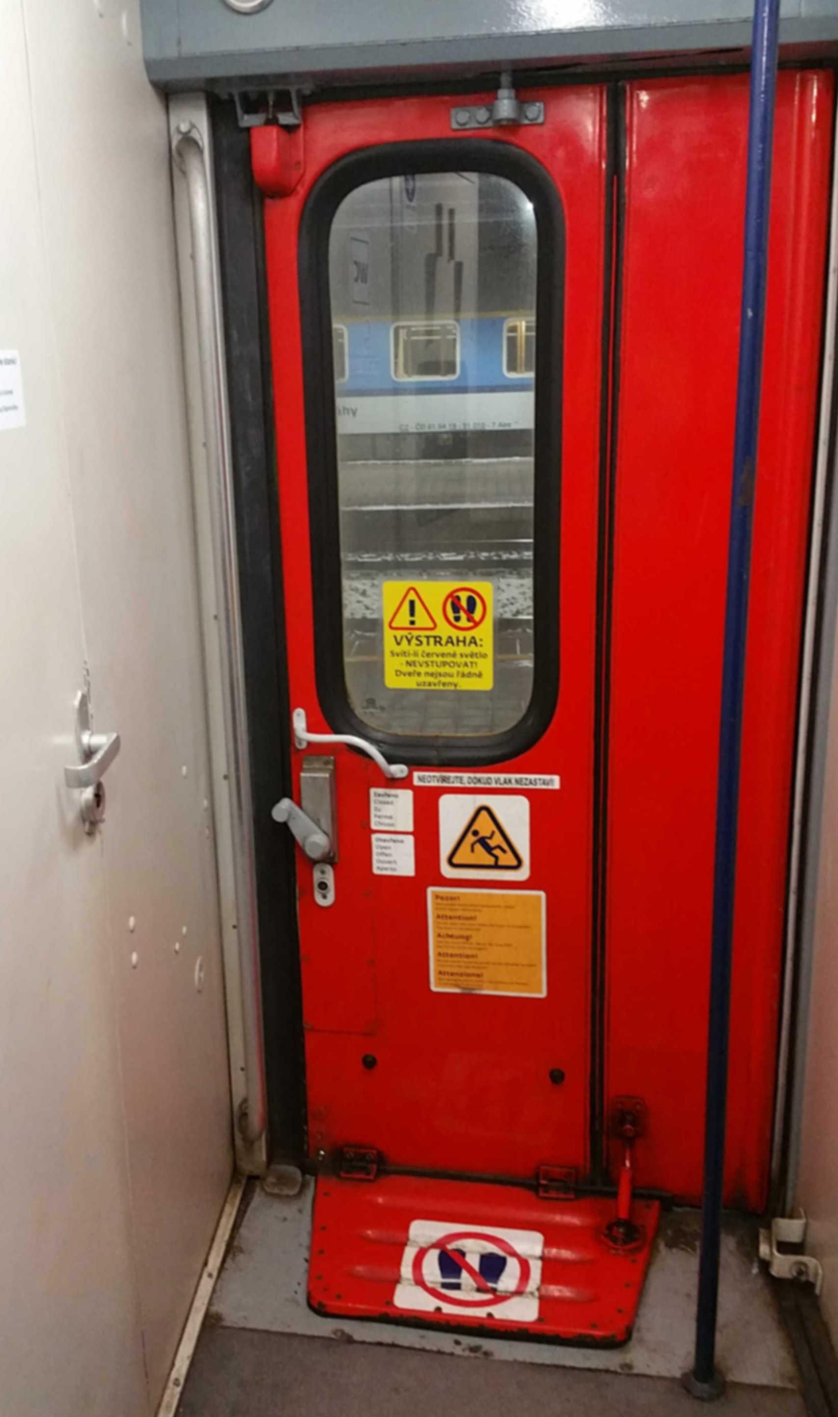 Dveře vozu Bd 264, šířky 62 cm
