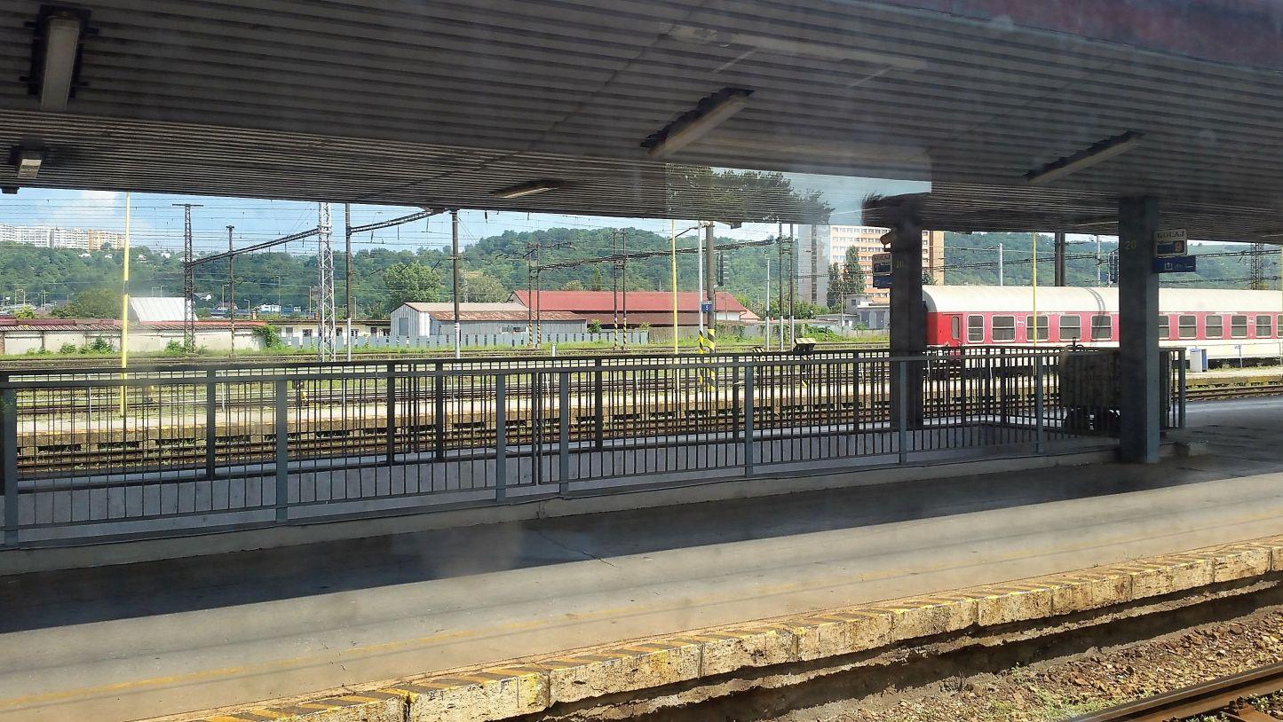 Výstup z podchodu na nádraží v Košicích