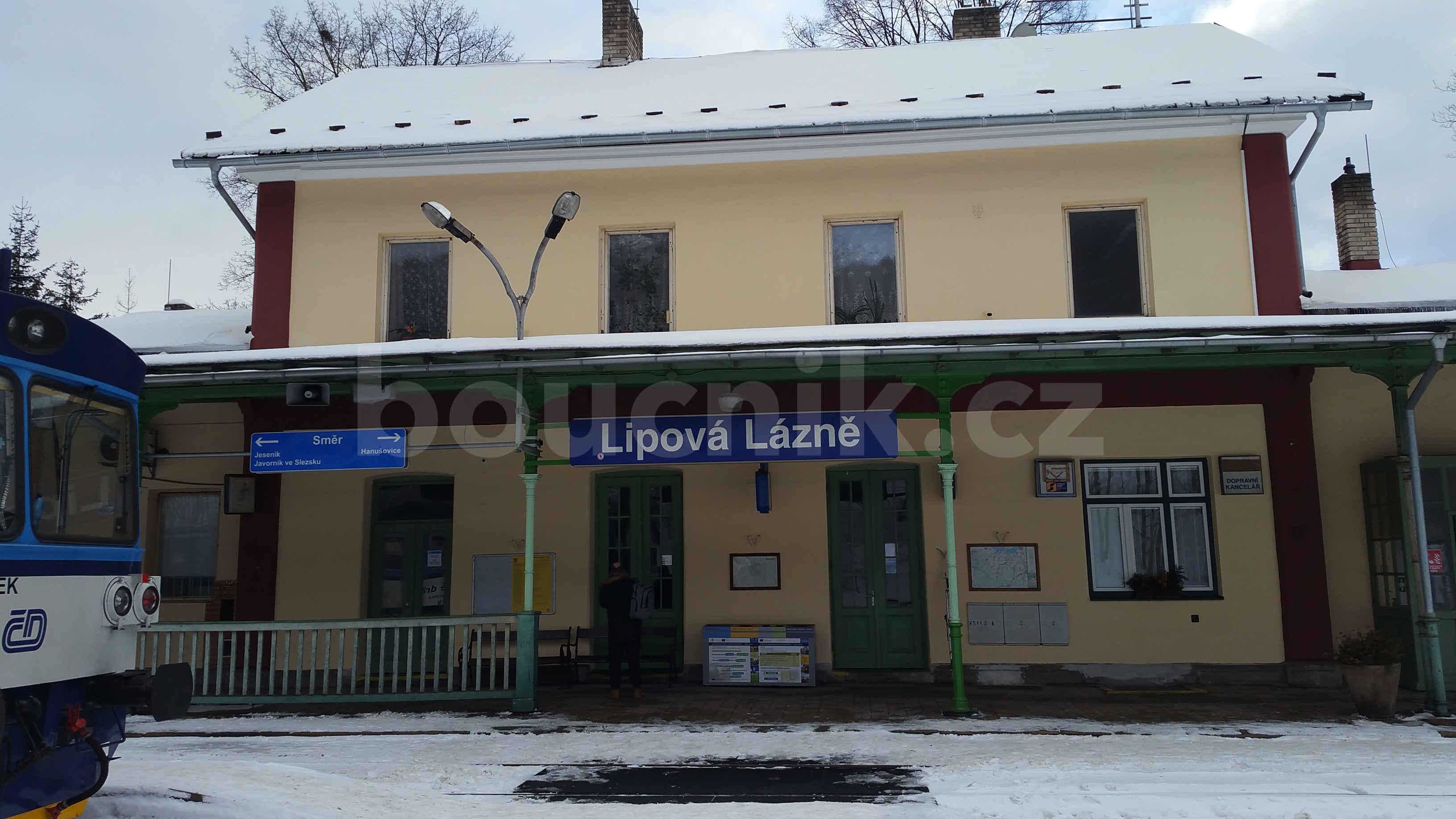 Lázně Lipová - staniční budova