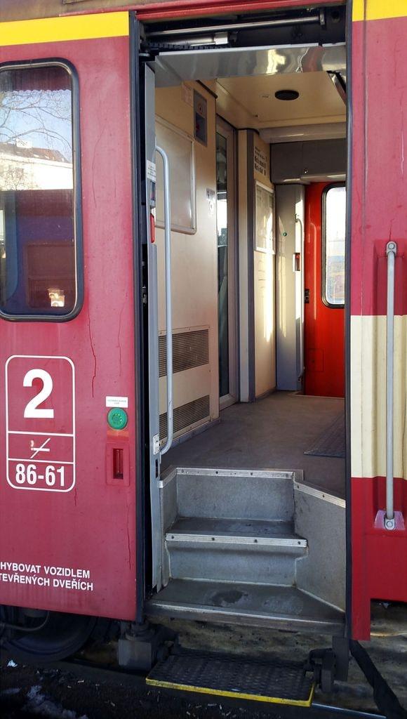 Dveře vozu ABfbrdtn 795