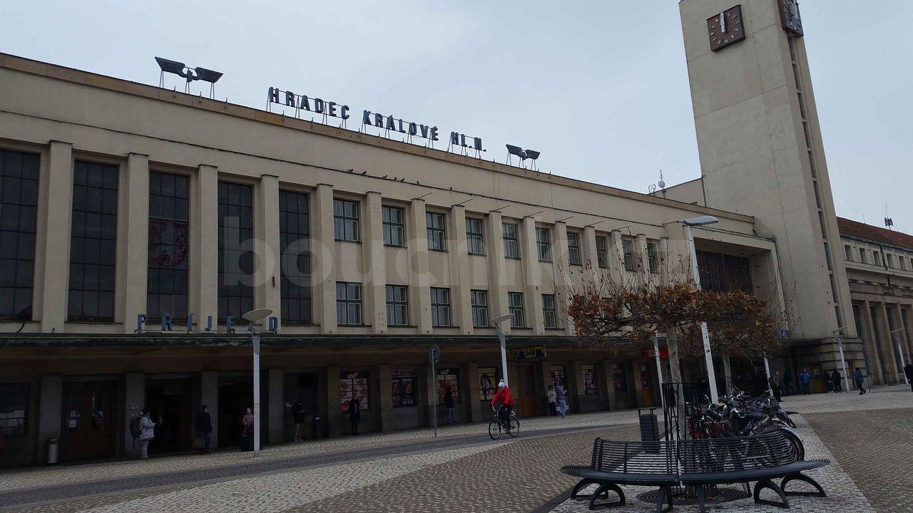 Hradec Králové, hlavní nádraží