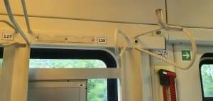 Uchycení kola ve vlaku