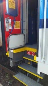 Dveře vozu Bdt 280