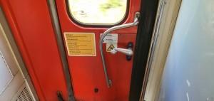 Dveře vozu Pantograf 060
