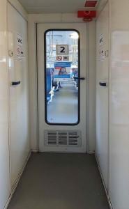 276 Vnitřní dveře do oddílu k sezení