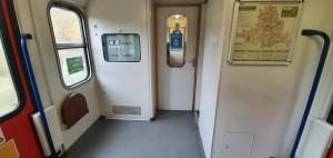 WC ve vlaku Bdmtee 275