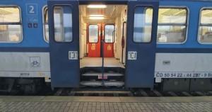 Dveře vozu Bdmtee 281