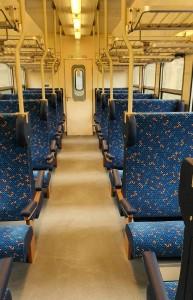 Ulička ve voze Bdmtee 281