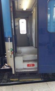 Dveře vozu Bpee 237
