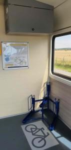 S kolem ve vlaku