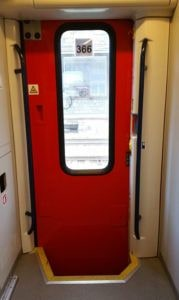 Dveře vozu Bdmpee 233