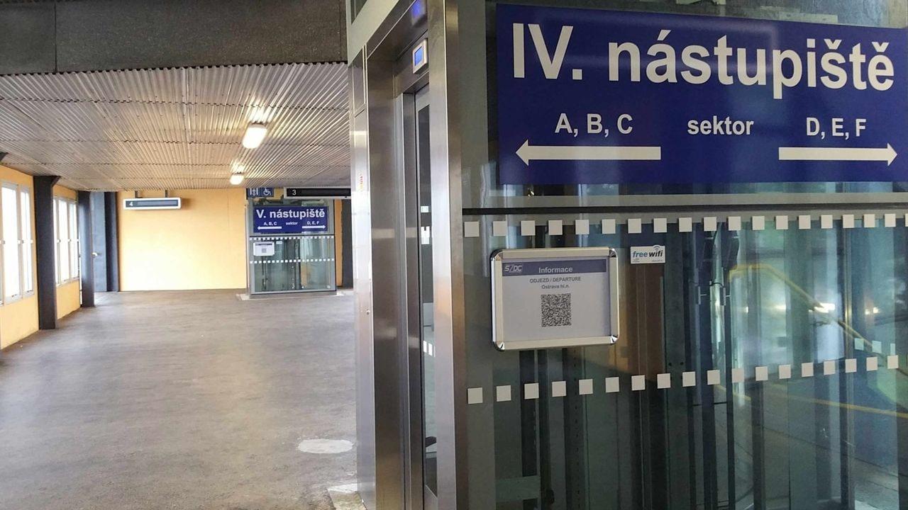 Ostrava hlavní nádraží nadchod