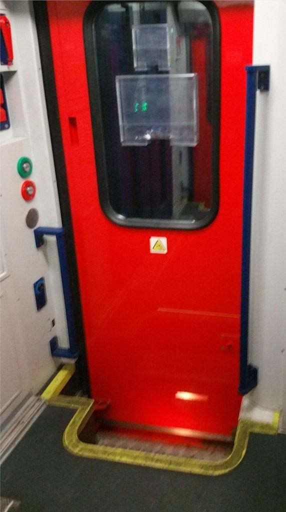 Vnější dveře vozu WRmee 816