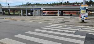 Před nádražím Brno-Královo Pole