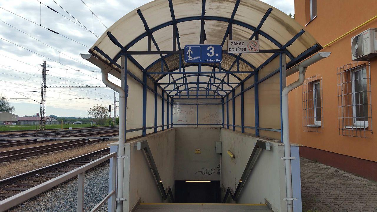 Podchod na 3.nástupiště v Podivíně