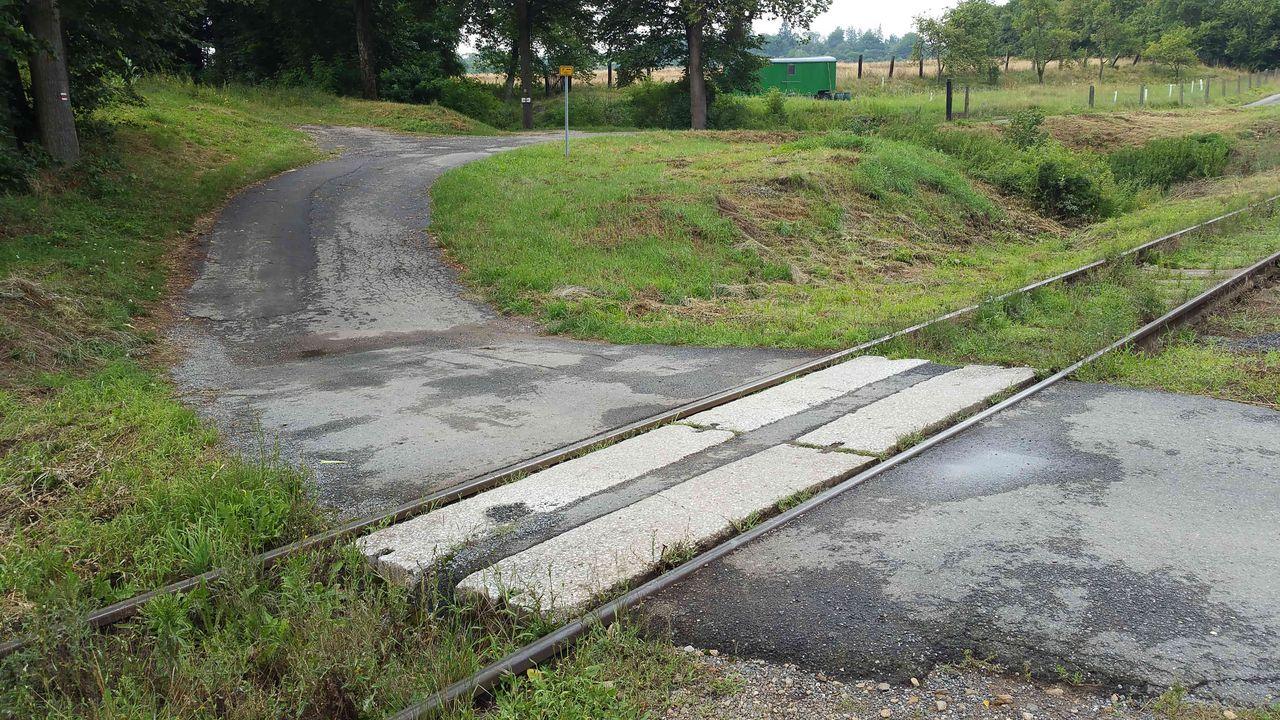 Laziště - železniční přejezd