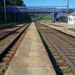 Nástupiště na 4.koleji na nádraží v Adamově
