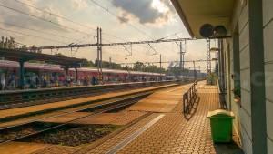 Řečany nad Labem train station