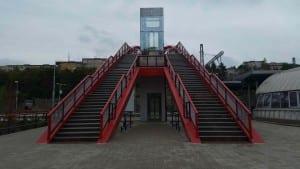 Karlovy Vary lávka nad nádražím