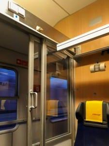 Skrýš ve voze RJ Bmz 29-90