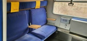 Vozčkáři ve vlaku Bmz 29-90