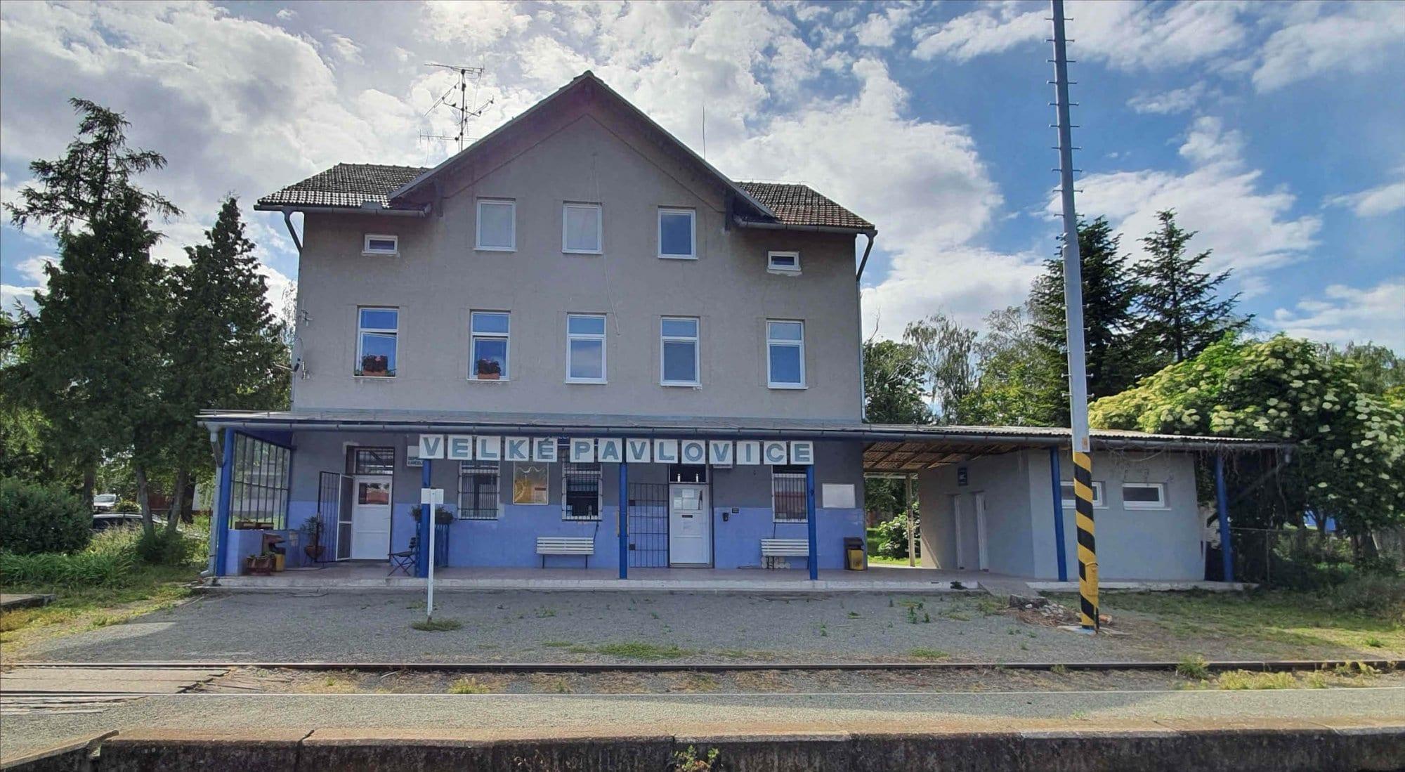 Train station Velke Pavlovice
