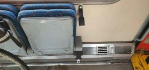 Uchycení kola ve vlaku, vůz 757 Bdtn