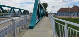 Pouzdřany most