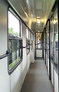 Chodba vozu AB 349