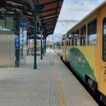 Kudy na nástupiště v Plzni