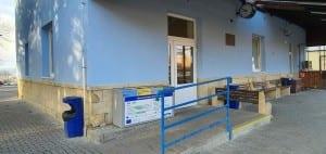Čekárna na nádraží ve Ždírci