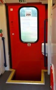 Dveře vozu Bhmp 228