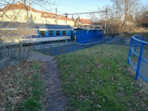 Přístup na nádraží Praha-Kyje
