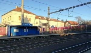 2. nástupiště na nádraží Praha-Kyje