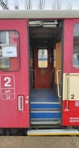 Dveře vozu 810
