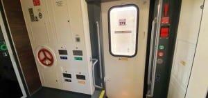 Dveře vozu Ampz 10-70