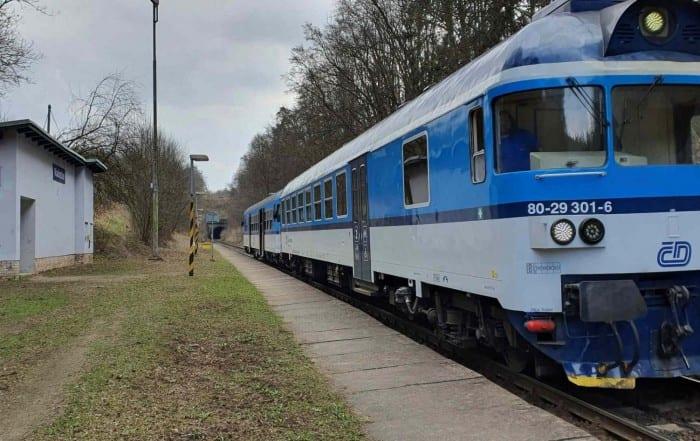 Železniční zastávka Radostice