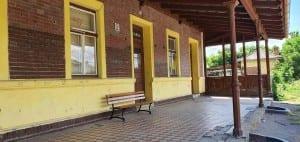 Poštorná nádraží