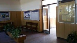 Čekárna na nádraží Baška
