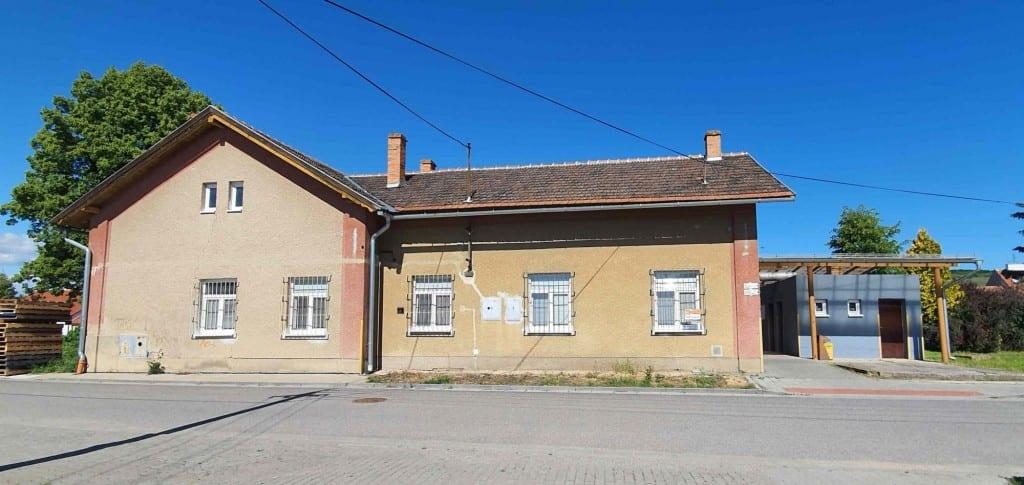 Nádraží v Kobylí na Moravě