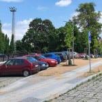 Parkování a přístup na nádraží v Chocni