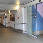 Čekárna a pokladna na nádraží v Chocni