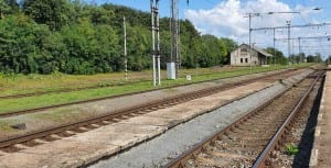 Ivančické nástupiště u 2. koleje