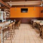 Nádražní restaurace ve Střelicích