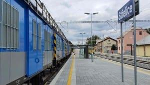 Střelice a nástupiště u 3. koleje